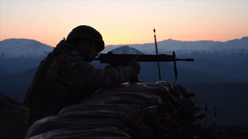 مقتل وإصابة 10 جنود أتراك قرب حدود العراق