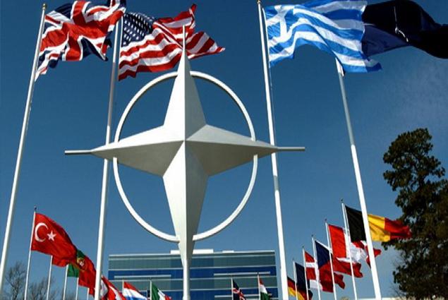 الناتو: سنعمل على تعزيز وجودنا فى العراق