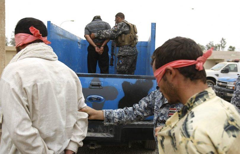 اعتقال شخصين يرومان زرع عبوة ناسفة غربي بغداد