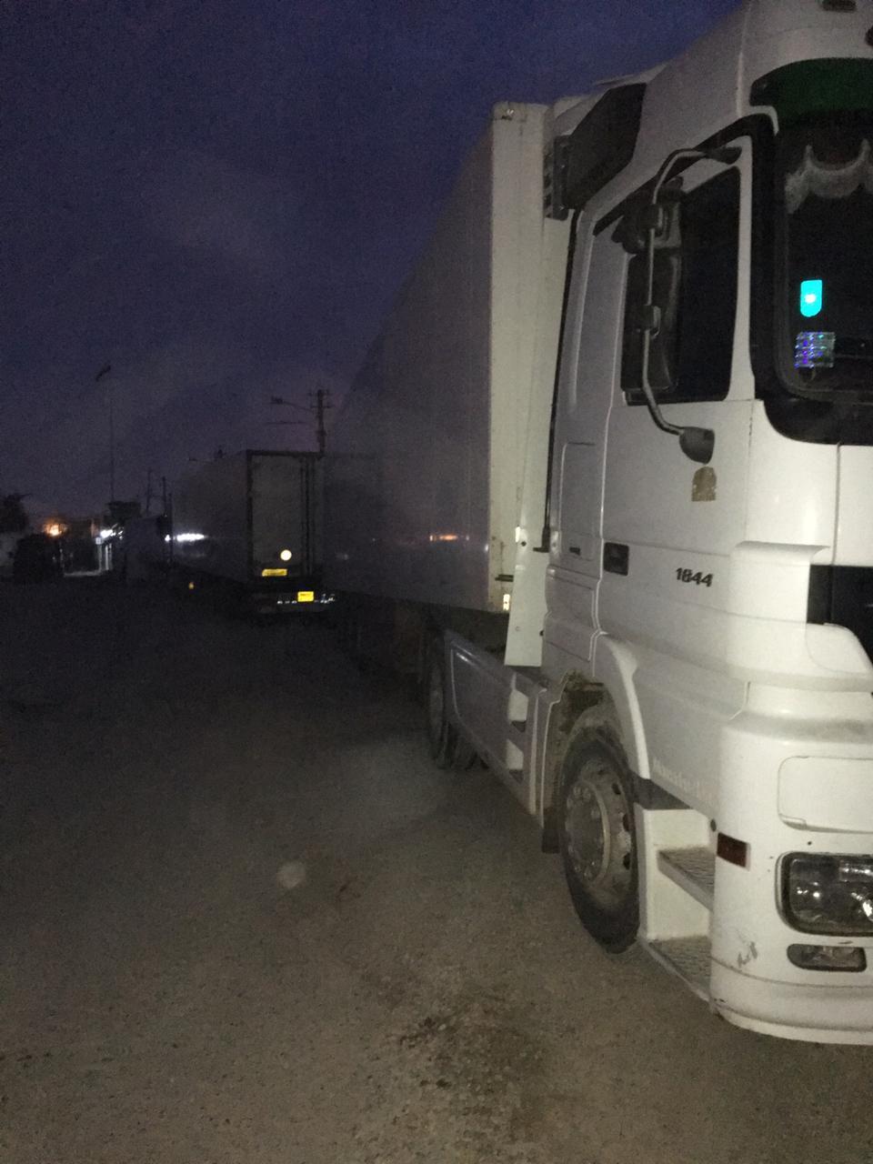 ضبط  5 شاحنات محملة بأدوية ومواد مهربة داخلة إلى بغداد واعتقال سائقيها