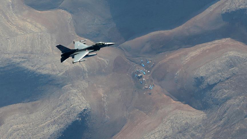 سلاح الجوي التركي يدمّر مواقع للعمال الكردستاني شمالي العراق